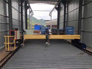 Preciza CNC-Plasma Tranĉa Maŝino Ĝusta 13000mm Kun Serva Motoro